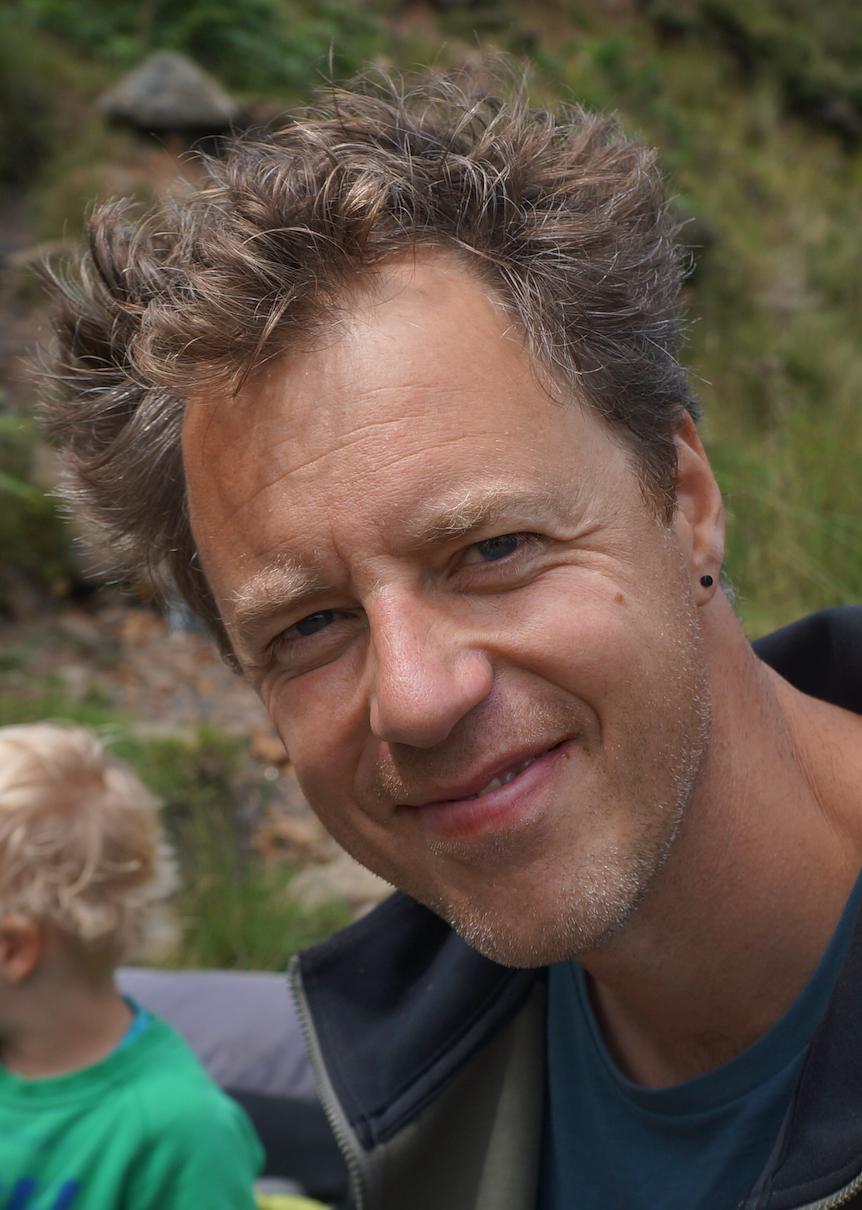 #13 Docent Bas Huijbers: 'We drijven juist nu op de relatie die we al dan niet met leerlingen en ouders hebben.'