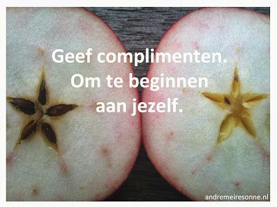 Geef complimenten. Om te beginnen aan jezelf
