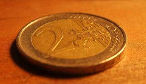 money-1548336_640